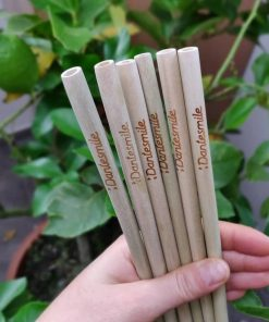 Bamboo straw datesmile